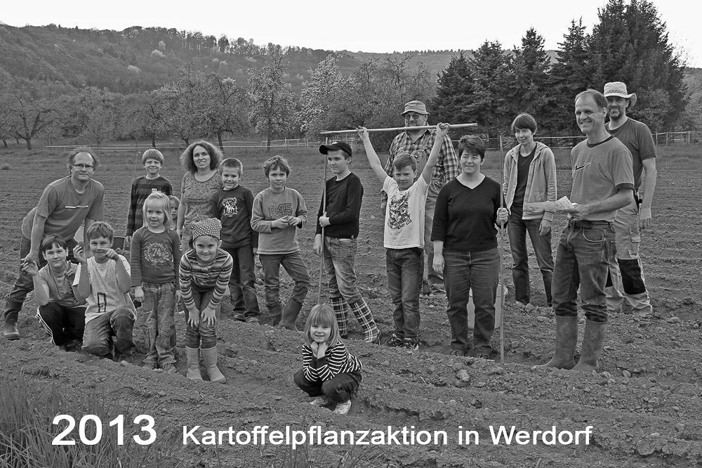2013_GruppenbildaufdemAcker